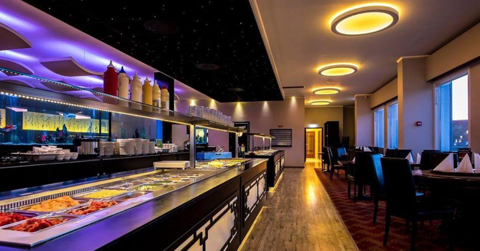 Restaurant Shangrila v/Xinhui He